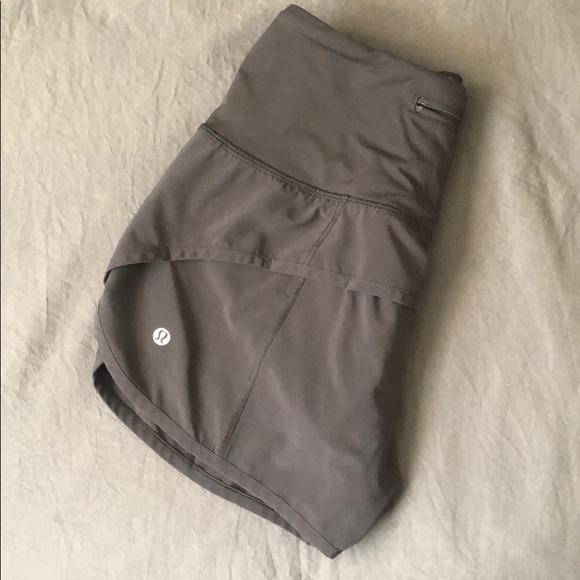 Lululemon High-waisted Speed Up Shorts